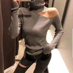 Sweaters - 🎁Just in!!! Soft Off shoulder Turtleneck Sweater